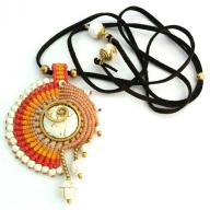 Neckles Spiral Orange