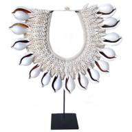 Neckless Papua big shells
